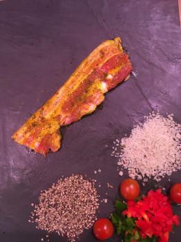Tranche de lard mariné curry